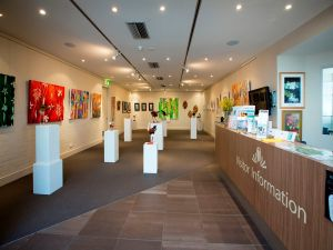 Australian National Botanic Gardens Visitor Centre Gallery - eAccommodation