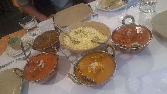 Tandoori  Curry Club - eAccommodation